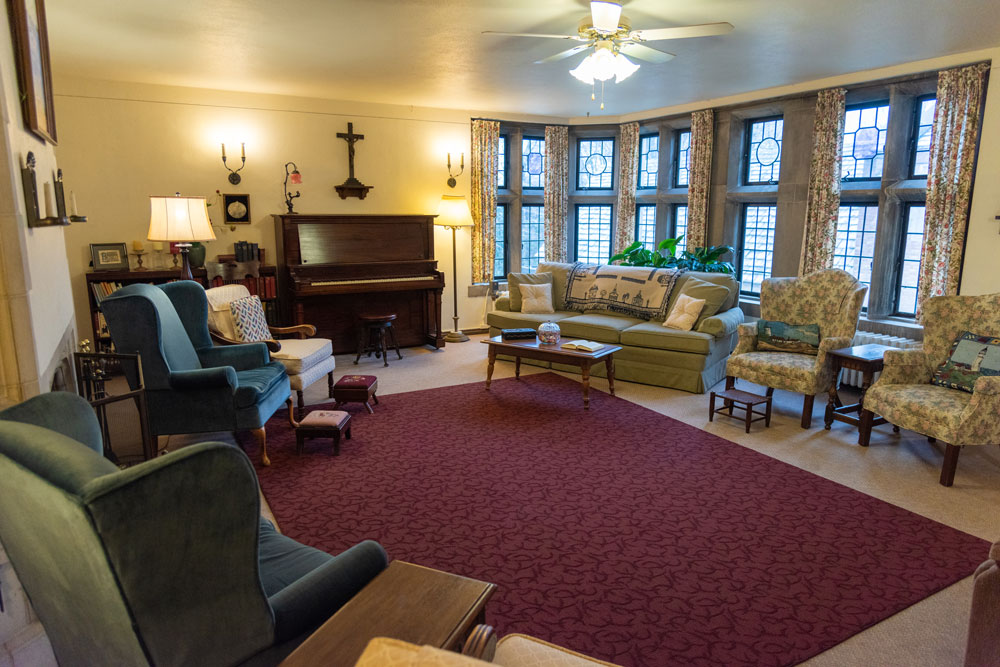 Photo of the Living Room at St. Margaret's House